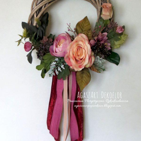 Wianki i stroiki florystyczne